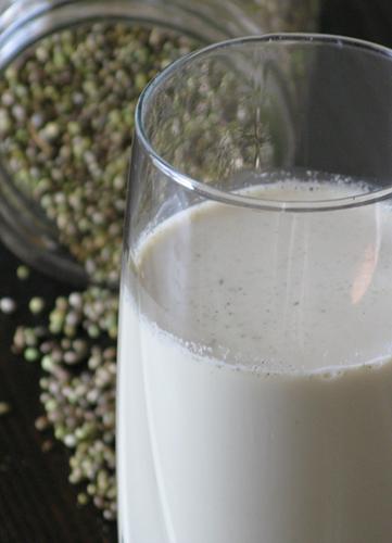 hemp-milk-2