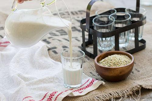 hemp-milk-3